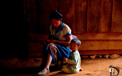 Laos. Lady with the kid